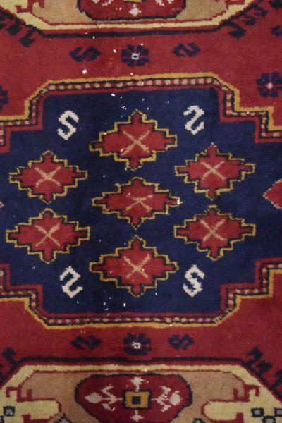 Handgeknoopt tapijt Isparta Turkije 7945