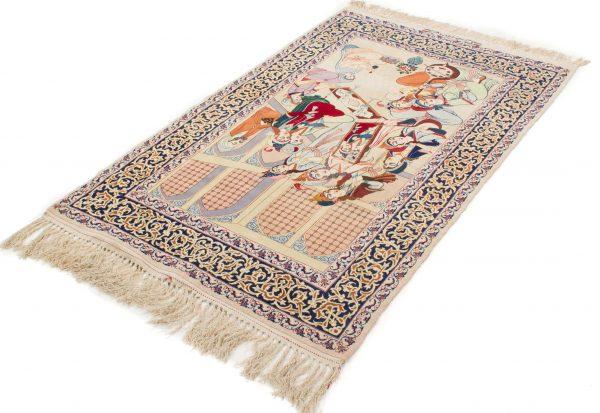 Isfahan tapijt getekend 106x175 cm1